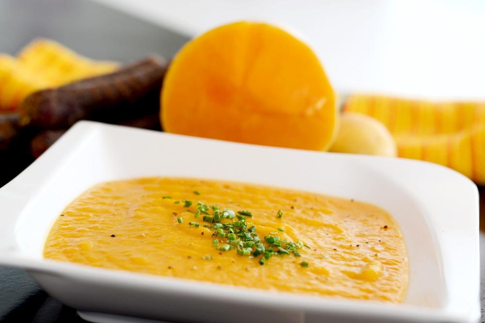 Read more about the article Rezept: Basische Kokos-Kürbissuppe