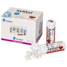 1 Karton enthält 12 Döschen (sortenrein) mit je 30 Kaugummis. Zahnpflegekaugummi mit 100 % Xylit / Xylitol -- sinnvolle Zahnpflege für Zwischendurch. Geschmacksrichtung: Cranberry.Versandgewicht: 0